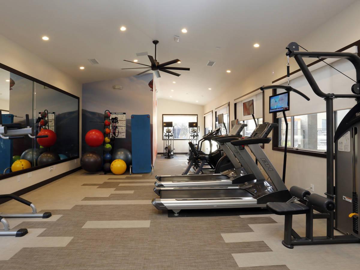 Computer original arroyo villa apts thousand oaks ca fitness center